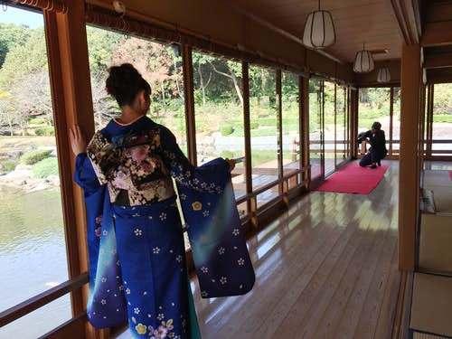 日本庭園で着物モデル体験♪プロカメラマンによる撮影【あしや体験隊】